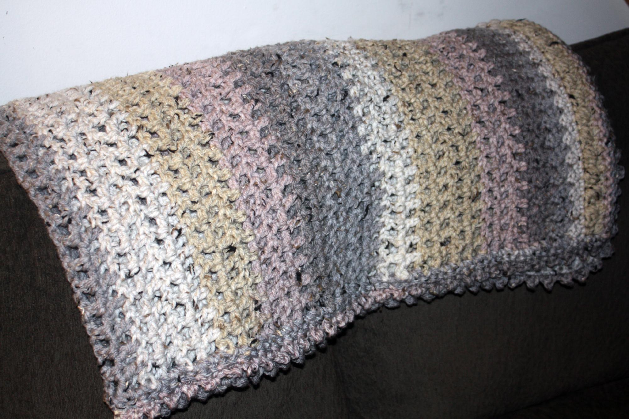 Caron Cake Crochet Blanket Free Pattern – Snowy Day Throw